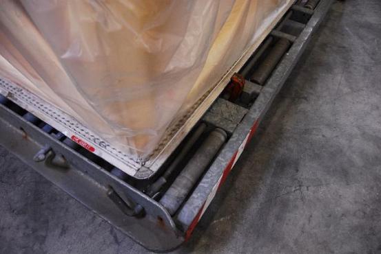 Boîte de transport photo détaillée