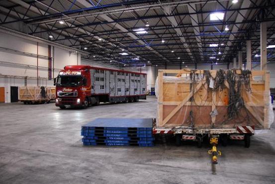 Iskrcaj kamion u Rusiji
